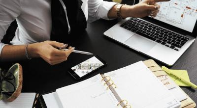 Motivele principale pentru care ar trebui să angajați un agent imobiliar
